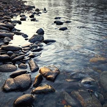 Pietra ricostruita pietraeco pietre allungate for Pietre di fiume